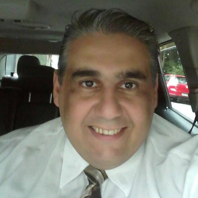 O motorista de aplicativo Antonio Douglas Pereira