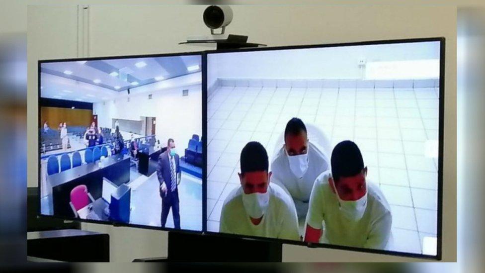Policías condenados