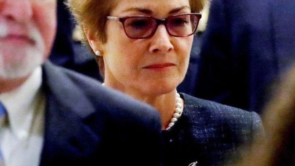 استدعيت السفيرة الأمريكية يوفانوفيتش إلى الولايات المتحدة قبل أشهر من الوقت المقرر لذلك