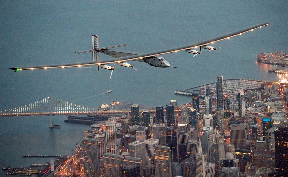 Solar Impulse flied over San Francisco, 23 April (local time)
