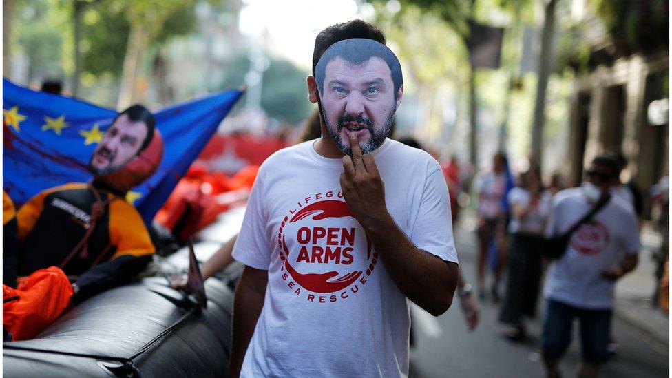 Protesta contra Salvini y a favor del Open Arms