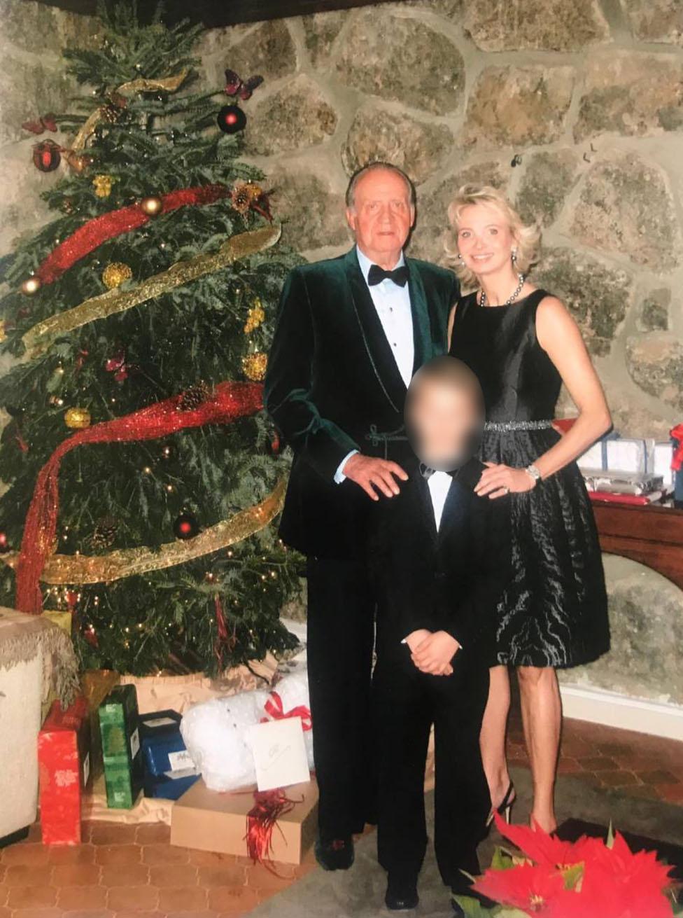 Juan CarlosI con Corinna zu Sayn-Wittgenstein y uno de los hijos de ella