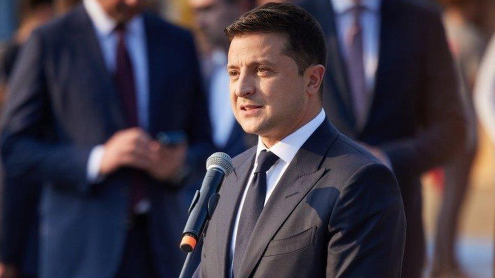 Исторический шанс или большая коррупция: о чем на самом деле принятый Радой закон против украинских олигархов