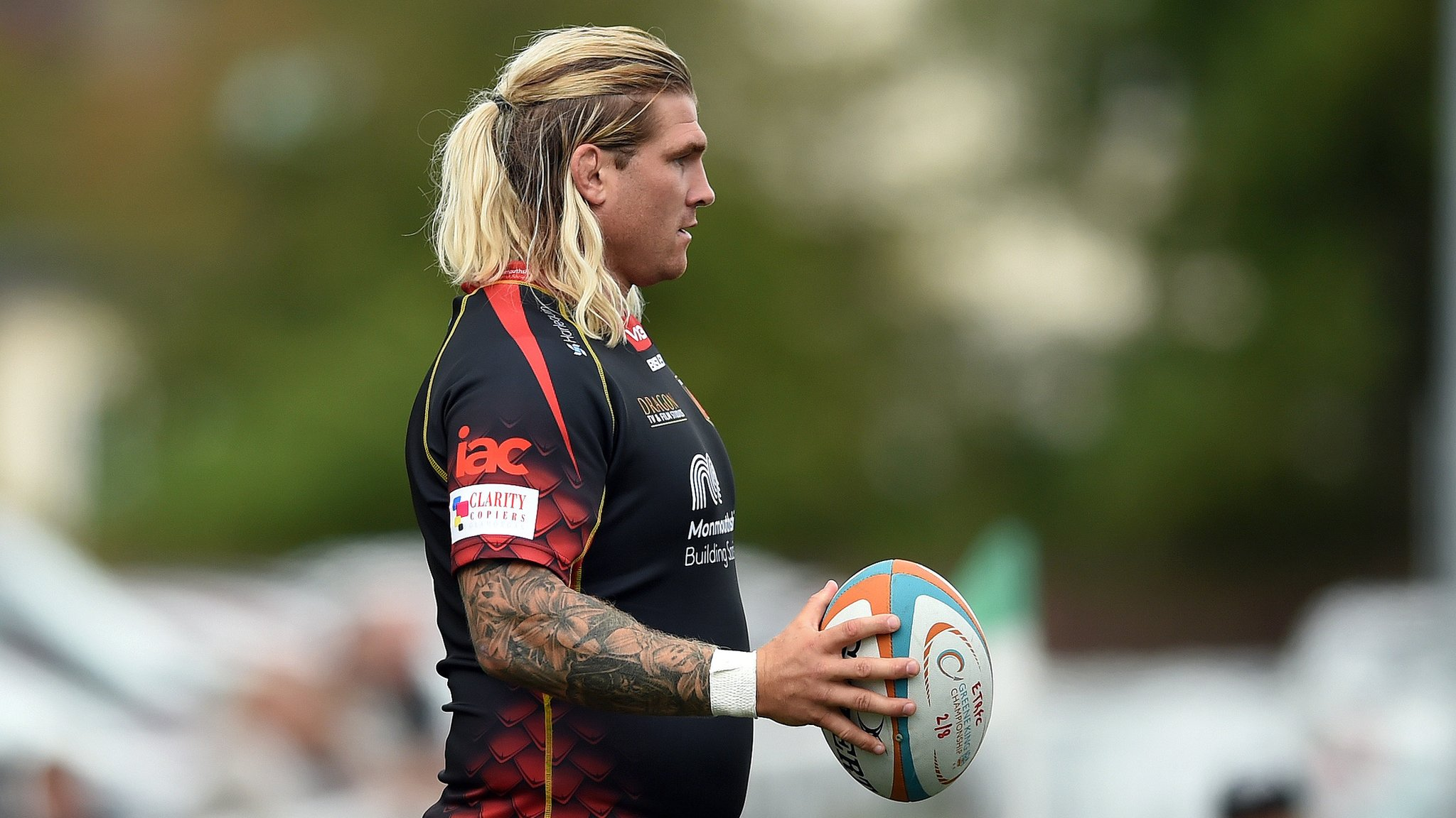 Wales hooker Richard Hibbard to make first Dragons start