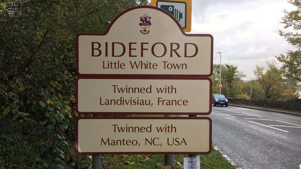 "Bideford ""Little White Town"" sign"