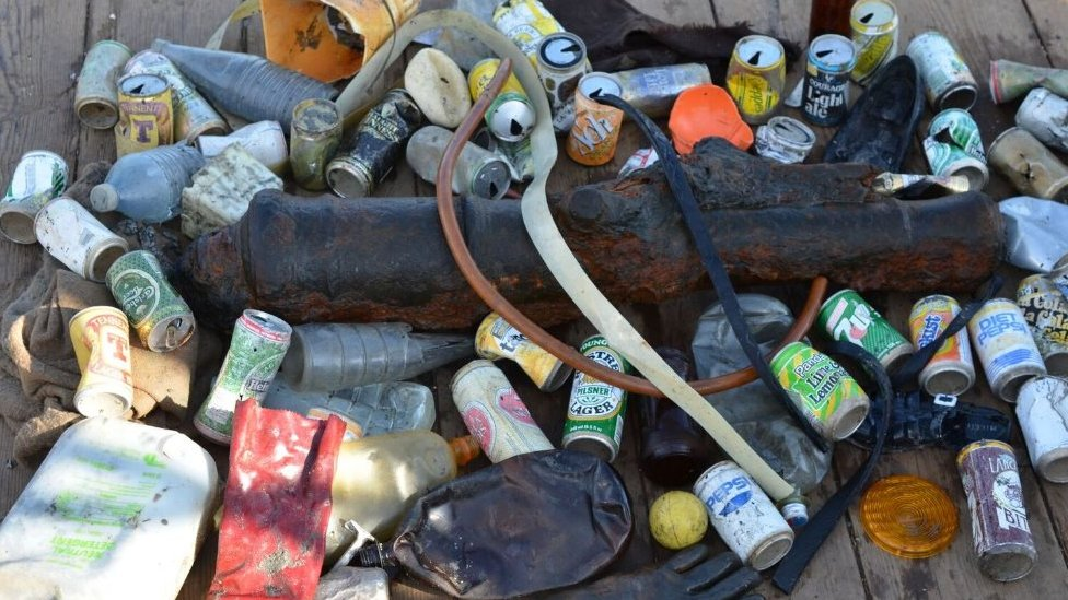 Plastic pollution found on shipwrecks