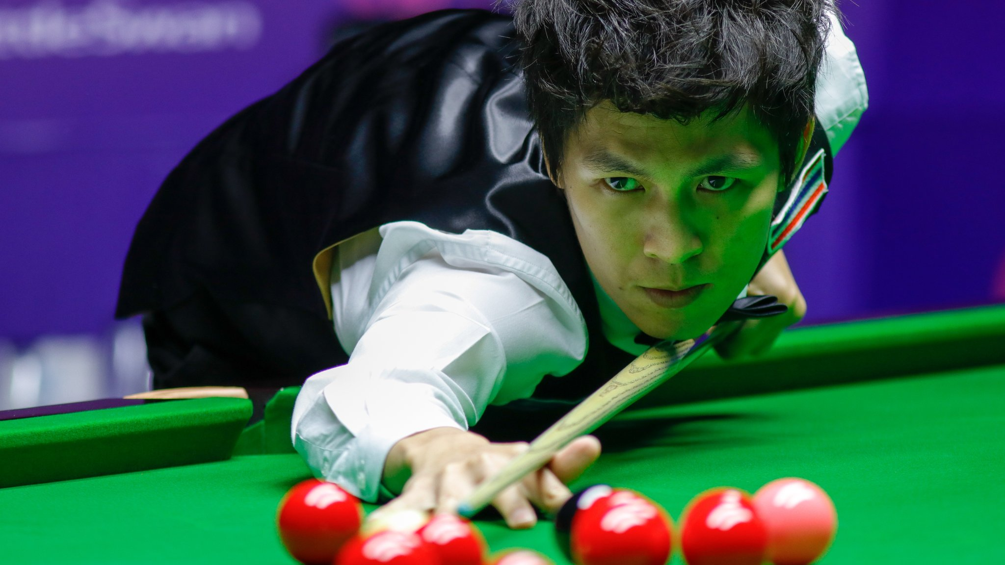 English Open: Thepchaiya Un-Nooh makes 147, wins for John Higgins & Jimmy White