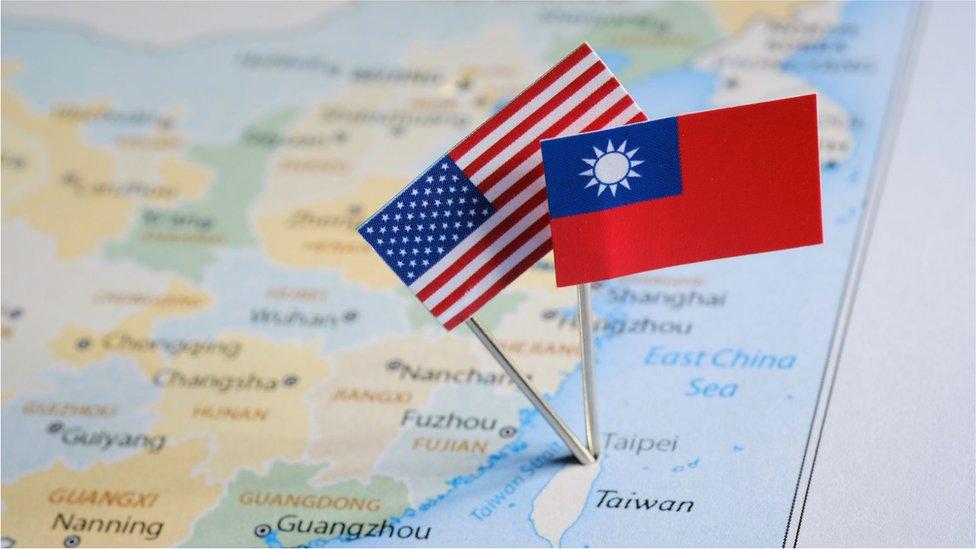 台灣和美國地圖