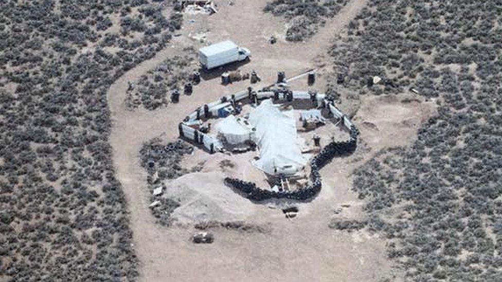 El campamento en el que entrenaban a niños para convertirlos en asesinos