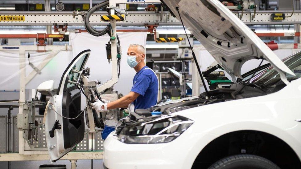 Almanya ekonomisi ikinci çeyrekte tarihinin en büyük daralmasını yaşadı