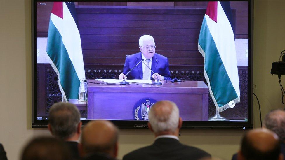 الفلسطينيون اعتبروا الاتفاق طعنة في الظهر.