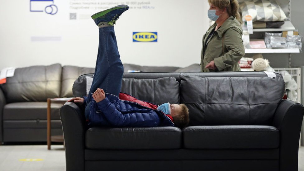 IKEA offers to buy back furniture for resale