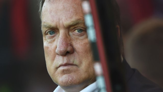 Sunderland manager Dick Advocaat questions commitment