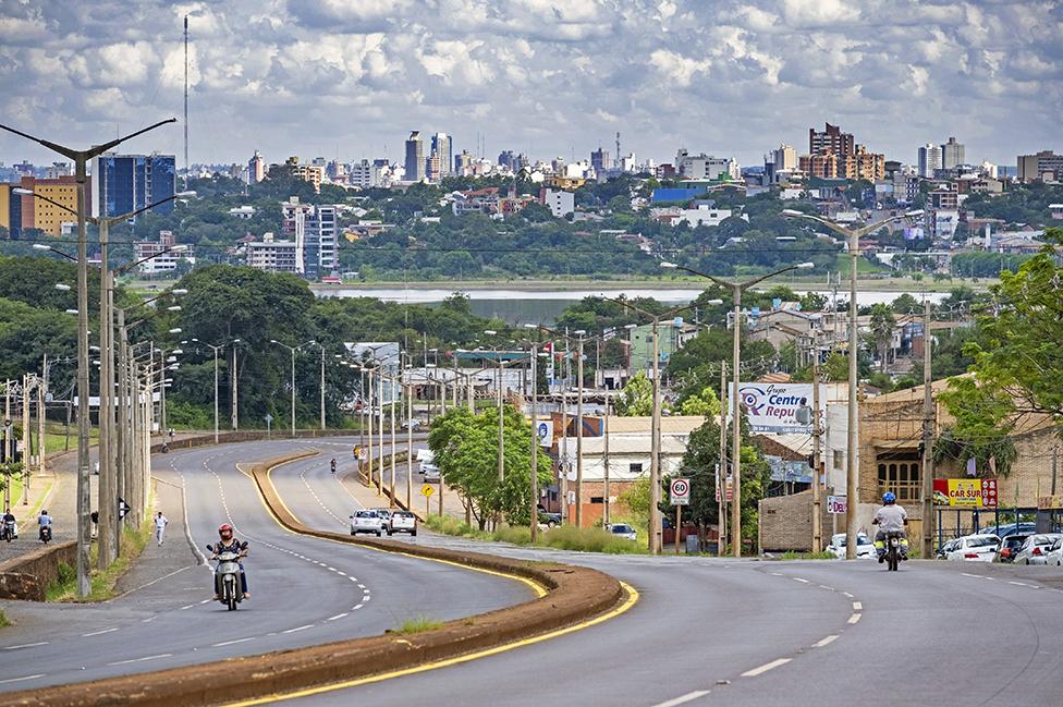 Encarnación, la capital del Departamento de Itapúa, en Paraguay