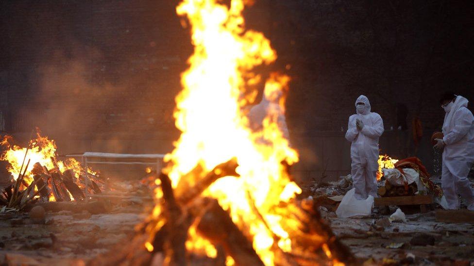 Crematorios en India.