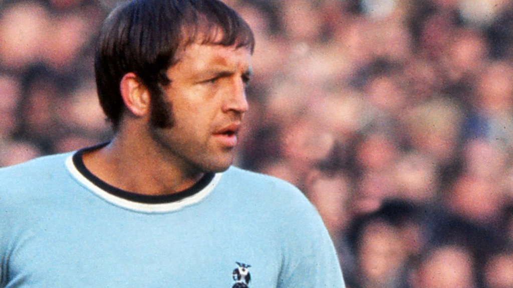 Ernie Hunt: 'Donkey kick' scorer for Coventry City dies aged 75