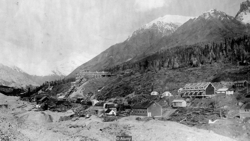 The town of Alaska in the first half of the 20th century.
