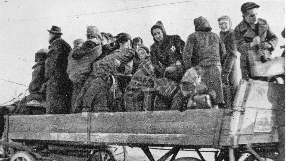 Deportación de judíos
