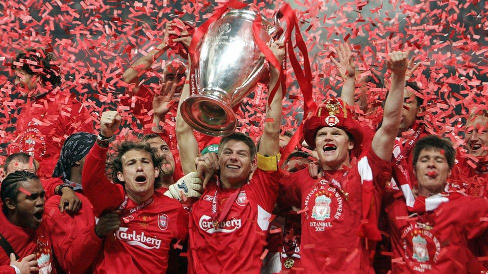 Liverpool levanta el trofeo de la Champions League