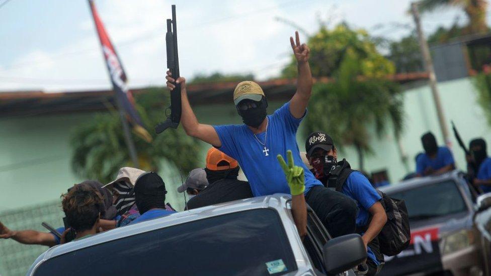 Paramilitares nicaragüenses