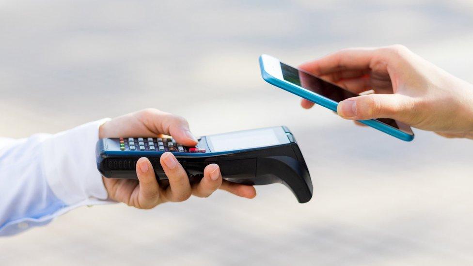 pagar con teléfono móvil