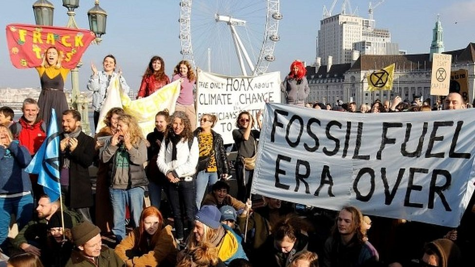 Extinction Rebellion protests block London bridges
