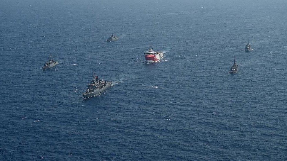 Конфликт в Средиземном море: ЕС призывает Турцию и Грецию к деэскалации. Что там происходит?