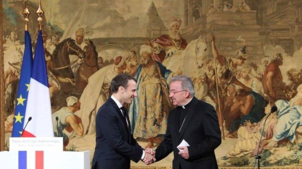 سفير الفاتيكان في فرنسا