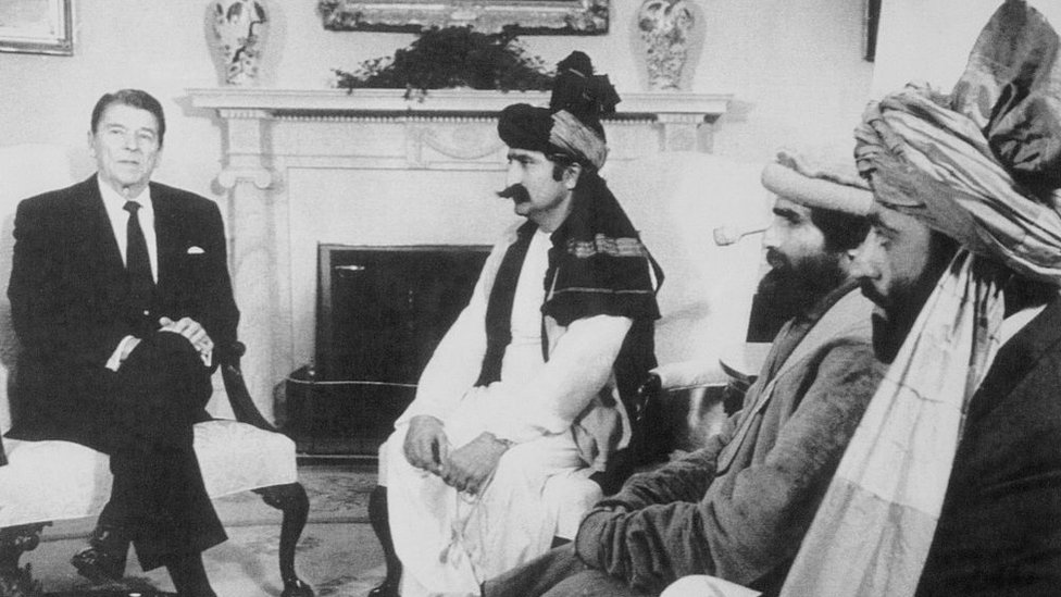 Reagan, con muyahidines afganos.