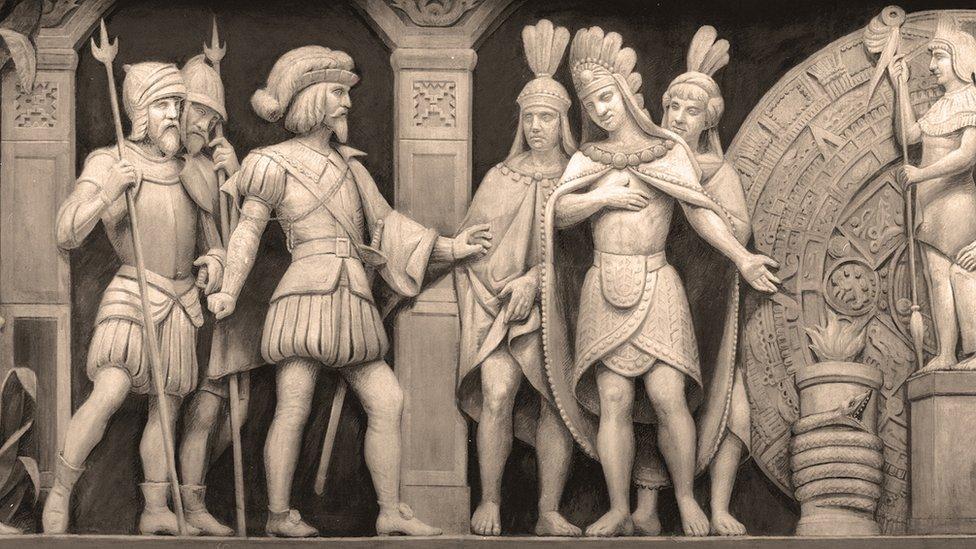 El conquistador español Hernán Cortés junto al emperador azteca Moctezuma II.