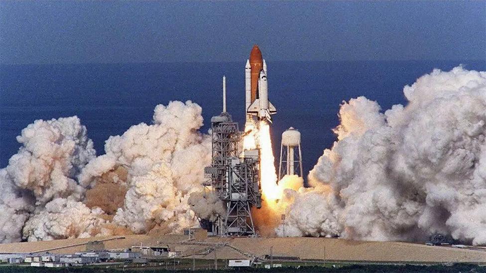 Lanzamiento de un transbordador espacial de la NASA