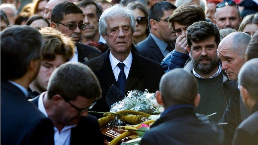 Tabaré Vázquez en el funeral de su esposa