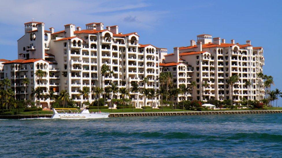 Fisher Island, edificios.