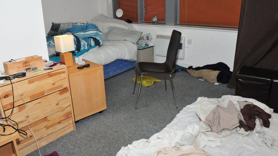 apartemen Reynard.