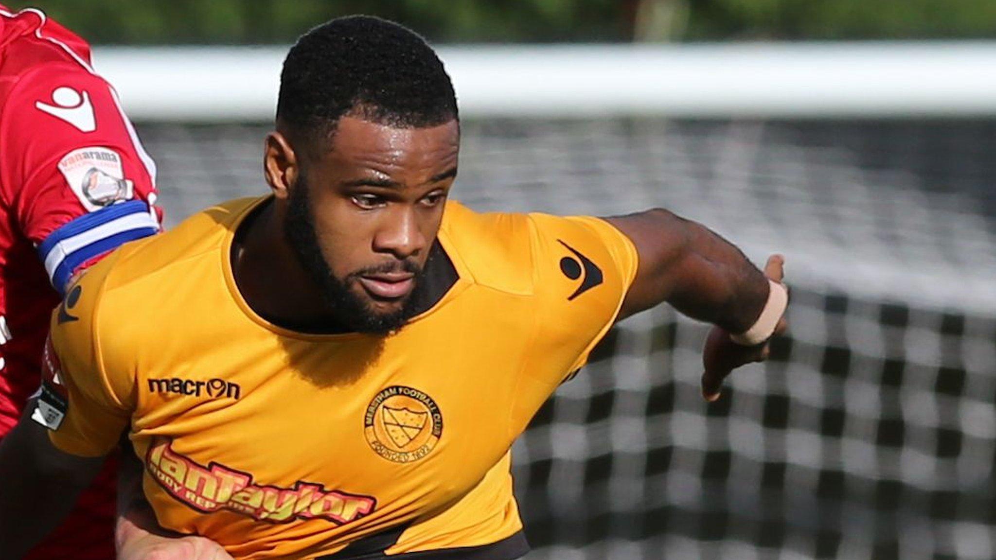 Marc-Anthony Okoye: Bromley sign Braintree Town defender