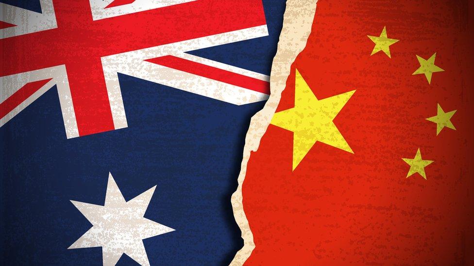 Banderas de China y Australia