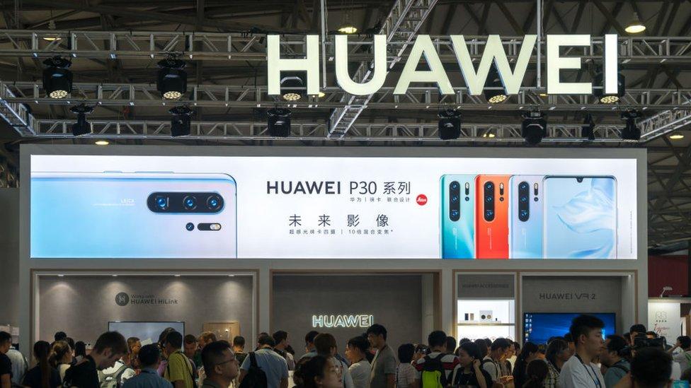 Huawei cancela lanzamiento de su nueva laptop por conflicto con Estados Unidos