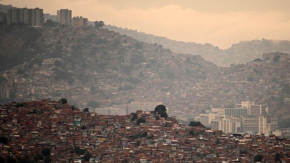 Oeste de Caracas.