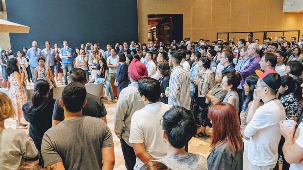 Trabajadores de Google protestan por respuesta de la empresa a acoso sexual