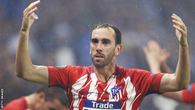 El Atlético consiguió retener los servicios de varios de sus principales jugadores, incluyendo uruguayo Diego Godín, a quien se le había vinculado con el Manchester United.