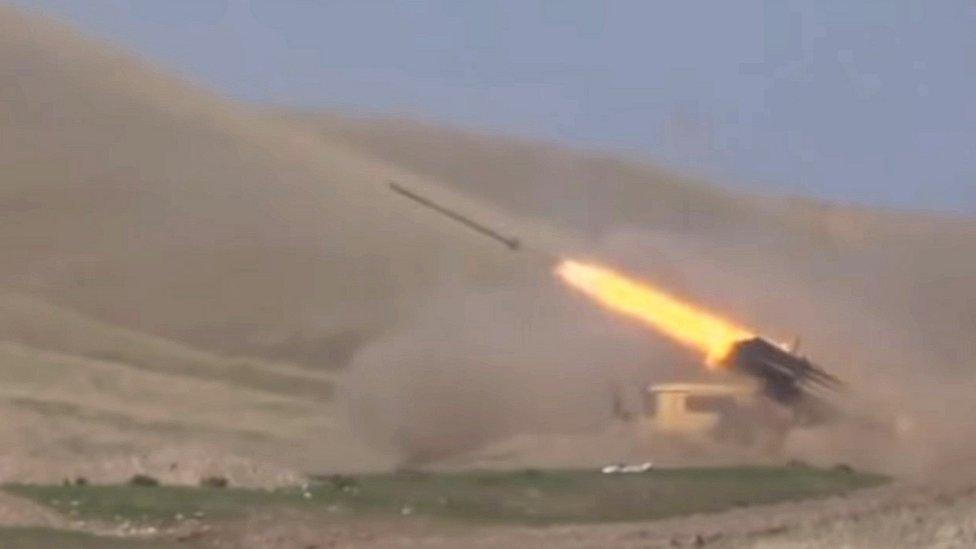 Война в Карабахе, день второй: член НАТО Турция поддержала Азербайджан, на фронте без перемен