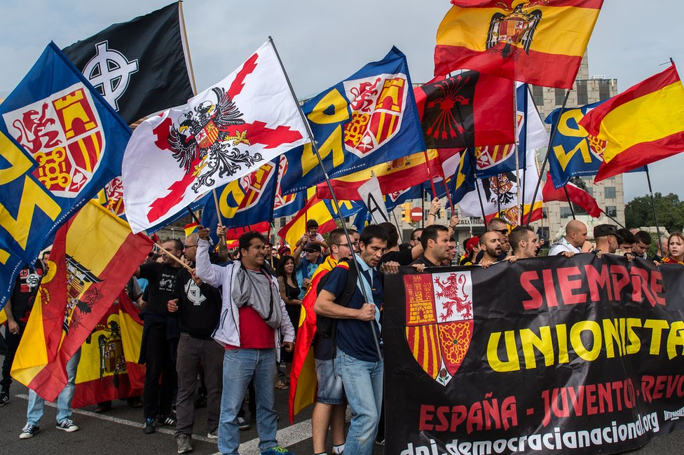 Pro-union march in Barcelona, 12 Oct 15