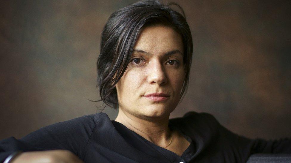 Melba Escobar.