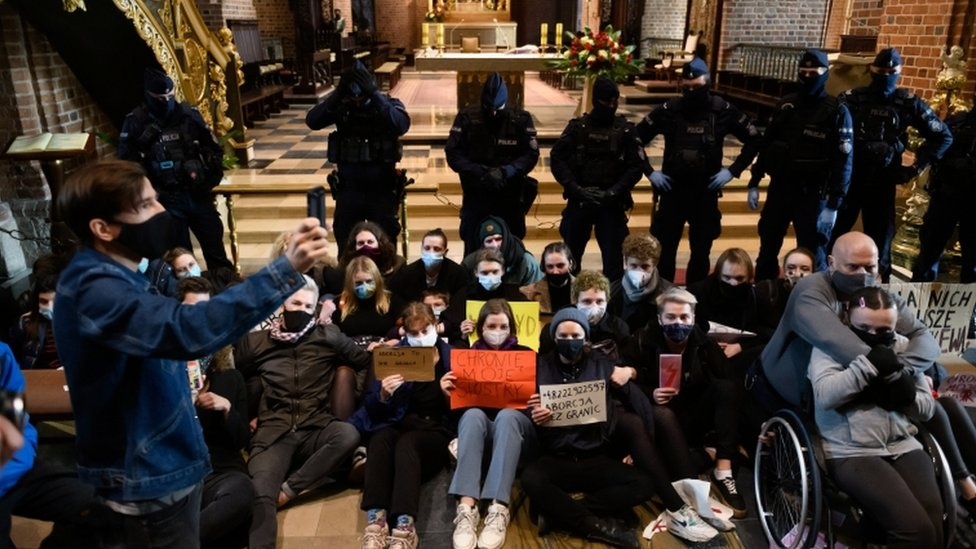 Poland Abortion Ruling: Protesters Disrupt Church Services