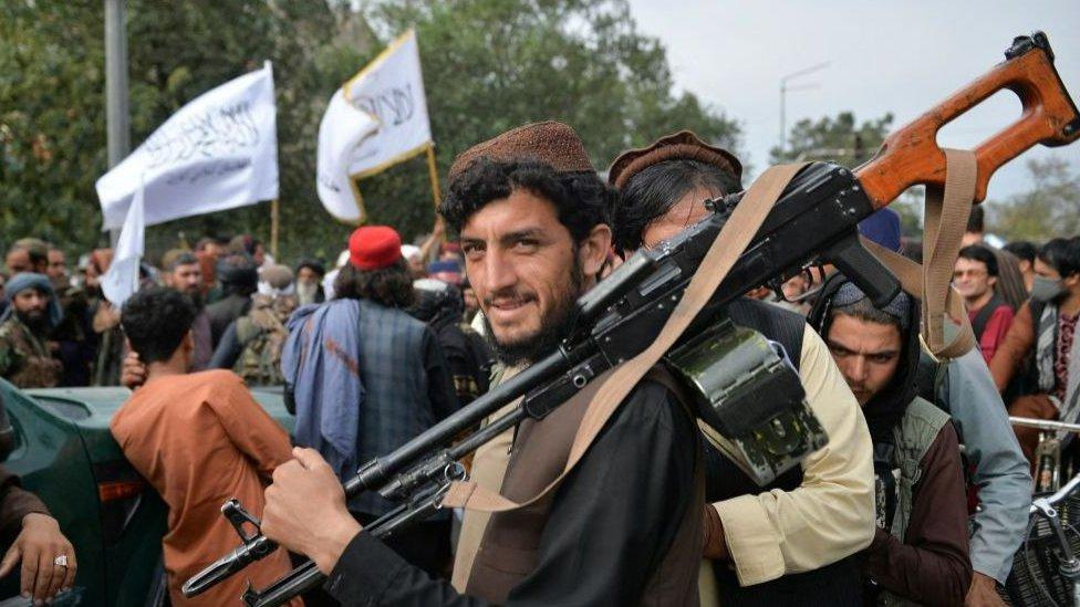سيطرة حركة طالبان على السلطة سريعا في أفغانستان