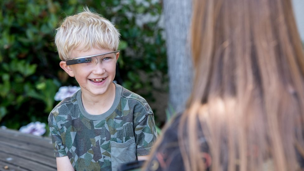 How one autistic boy's glasses helped him read minds