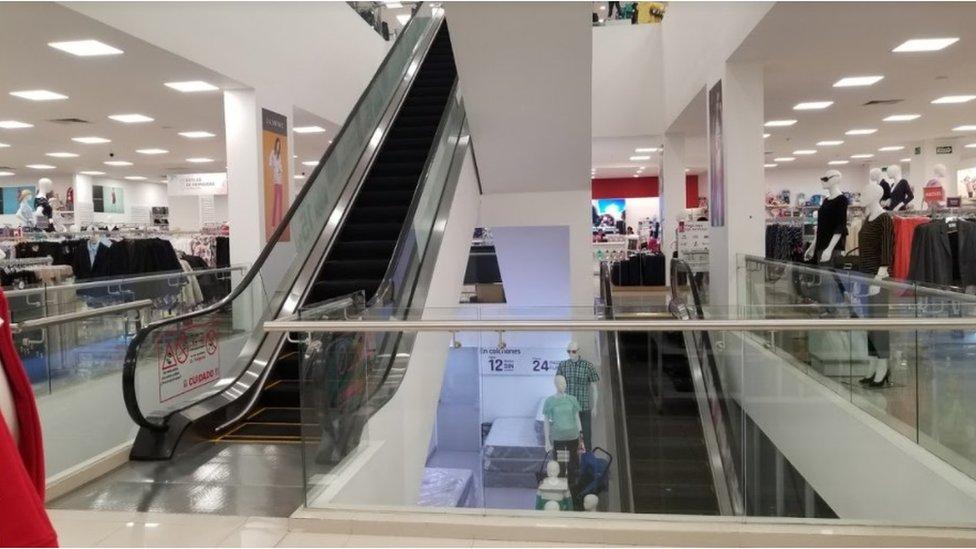 Escaleras eléctricas en Apizaco