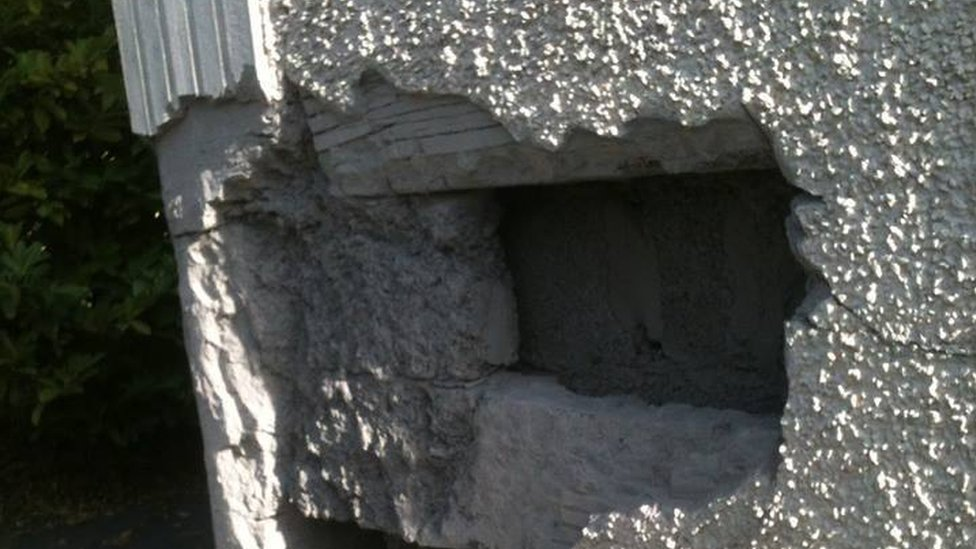 Donegal firm sorry for not commenting on crumbling houses