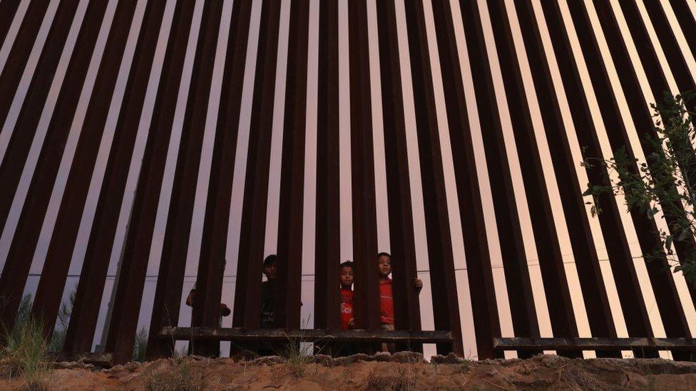 Muro en Nogales, julio 2018.
