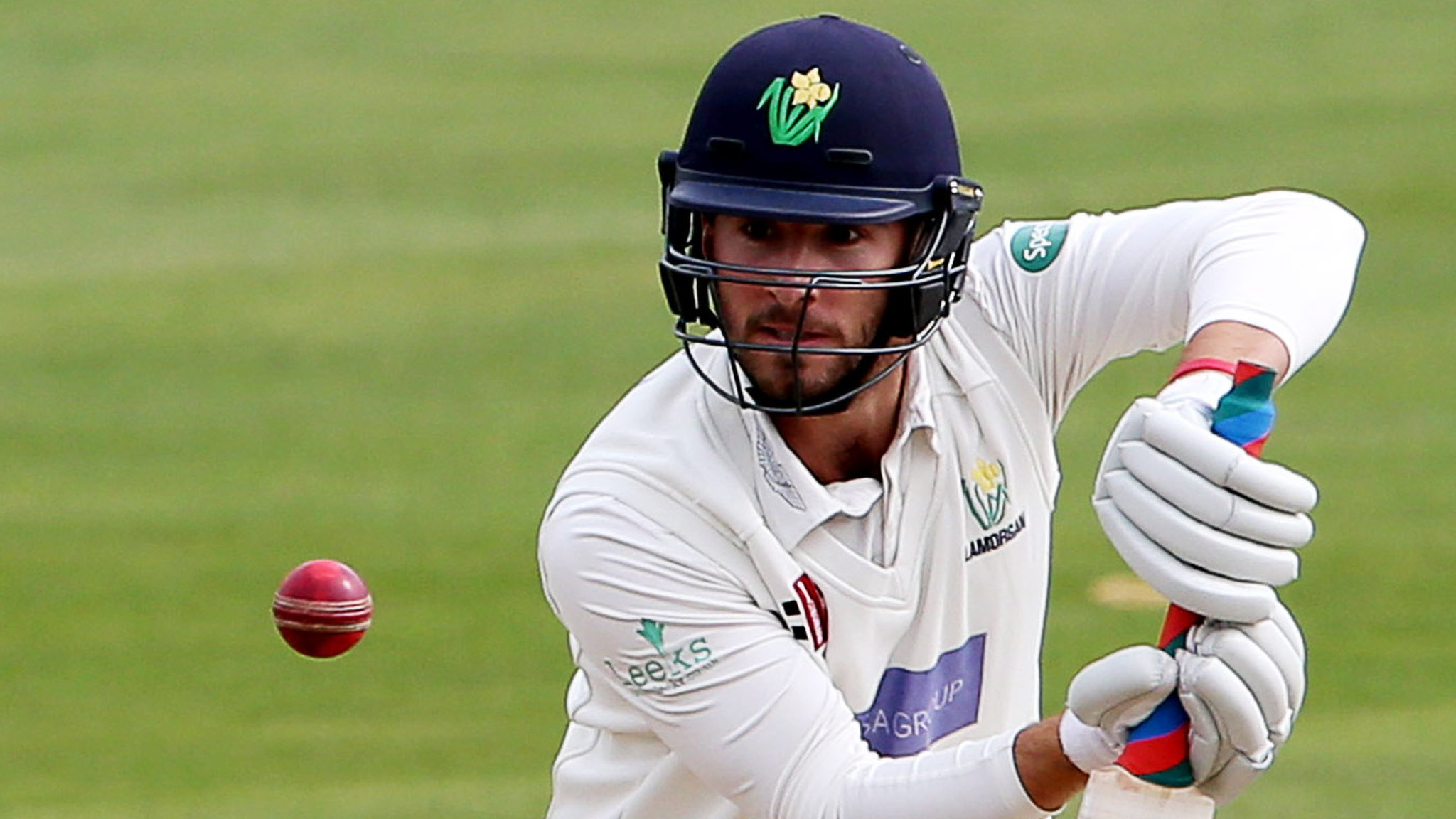 Glamorgan: Quartet sign new contracts with Welsh county